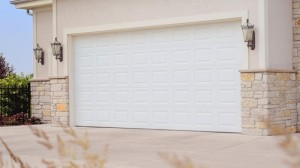 chi-short-raised-panel-garage-door-00011